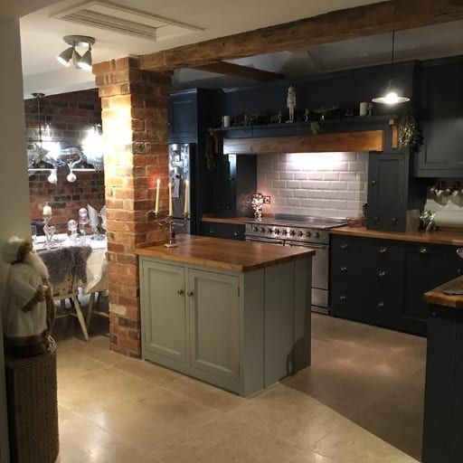 Kitchen-extension-with-new-designer-kitchen-fitted-by-fitter-in-Burton-on-Trent