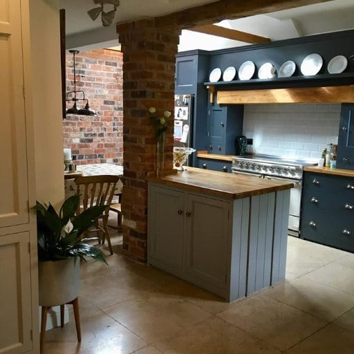 Stylish-kitchen-and-new-floor-fitted-to-a-Burton-on-Trent-home